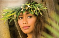 Discover the Culture of Six Different Island Nations All Contained Within the Polynesian Cultural Center. Enjoy a Sample of The Diverse Polynesian Culture. Hawaiian Woman, Hawaiian Girls, Polynesian Cultural Center, Polynesian Culture, Polynesian Dance, Polynesian Tattoos, Hula Dancers, Hawaiian Tattoo, Island Girl