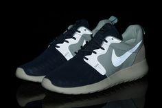 49012d1e1d12 Кращих зображень дошки «Nike Roshe Run»  27