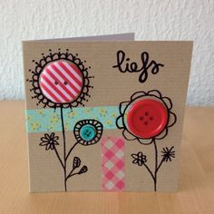 Button card idea from Snailmail Magazine. Cute Cards, Diy Cards, Tarjetas Diy, Karten Diy, Button Cards, Ideias Diy, Paper Cards, Flower Cards, Scrapbook Cards