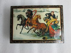 Vintage BLACK LACQUER MADE IN RUSSIA HAND PAINTED RED INTERIOR WOODEN BOX HORSES