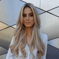 Golden Blonde Balayage for Straight Hair - Honey Blonde Hair Inspiration - The Trending Hairstyle Trending Hairstyles, Wig Hairstyles, Straight Hairstyles, Hairstyles 2016, Long Hair Haircuts, Layered Hairstyles, Popular Hairstyles, Party Hairstyles, Hairdos