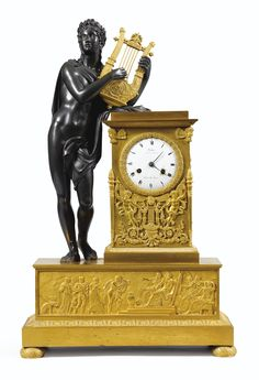 Reloj en bronce dorado y patinado, estilo Imperio, firmado Vacher Boulvd, de la Serie Los Italianos número 11 y Lección hr. a Paris.