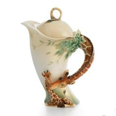 Whimsical giraffe teapot from Pottery Barn.