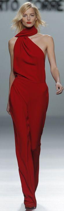 Rojo chic. #estilistasciudadreal #peluqueriasciudadreal