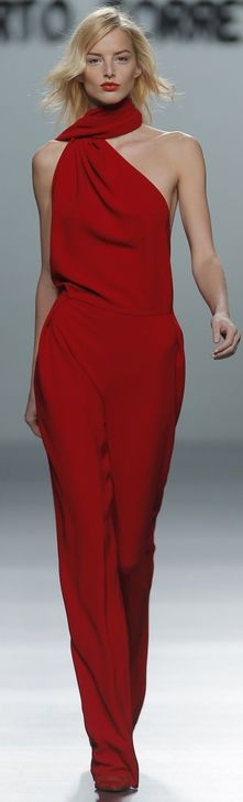 I died and came back to life with this outfit... Absolute love #Fashion #Couture - AUTUMN / WINTER 2013/2014 TORRETTA ROBERT MADRID FASHION WEEK