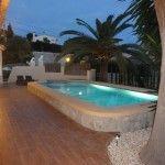 Een rolstoel aangepaste vrijstaande vakantievilla in Benissa aan de Costa Blanca in Spanje. De 4 kamer- woning met privé zwembad is geheel gelijkvloers.