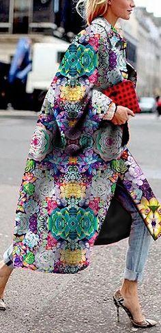 Hot Sale! Vintage Flower Printed Long Sleeve Turn-down Collar Coat For Women Diva Fashion, Boho Fashion, Fashion Looks, Fashion Outfits, Womens Fashion, Fashion Design, Fashion Trends, Kente Styles, Fringe Fashion