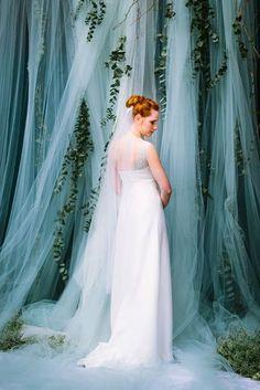 Boho Brautkleid mit Schleppe