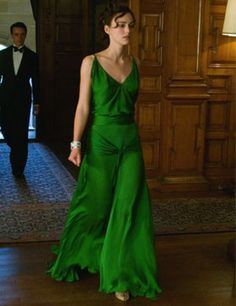 Keira Knightley in atonement - that dress, that dress!