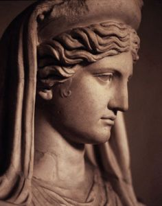 Detail of the Ludovisi Demeter, a century CE Roman copy of a Greek original that would have dated to the centuries BCE. Currently located in the Museo Nazionale Romano in Rome. Statue Tattoo, Greek Statues, Greek Gods And Goddesses, Roman Sculpture, Roman Art, Greek Art, Ancient Greece, Ancient Art, Les Oeuvres