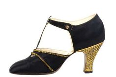 Vintage 1920s shoes All For Mary - Redefining the salon experience www.allformary.com