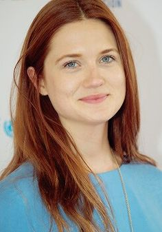 Bonnie Wright attends the event Theirworld And UNICEF Unite To Get All Children (September Bonnie Wright, Bonnie Francesca Wright, Harry Potter Girl, Harry Potter Actors, Ginny Weasley, Harry E Gina, Fans D'harry Potter, Dye My Hair, Hollywood Celebrities