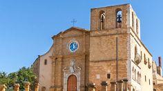 Die Kathedrale von Agrigento liegt auf dem höchsten Punkt der sehenswerten Altstadt. Hier gibt es Tipps für einen Ausflug nach Agrigento: http://www.trip-tipp.com/sizilien/ausfluege-stadt/agrigento.htm#Kathedrale #sizilien #sicily #sicilia #agrigento