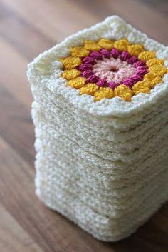 FREE, sunburst granny square #crochet pattern.