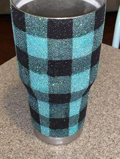 Cute cup Cute cup – Watch – New Epoxy Diy Tumblers, Custom Tumblers, Glitter Tumblers, Vinyl Crafts, Resin Crafts, Tumblr Cup, Cup Crafts, Cricut Craft Room, Custom Cups