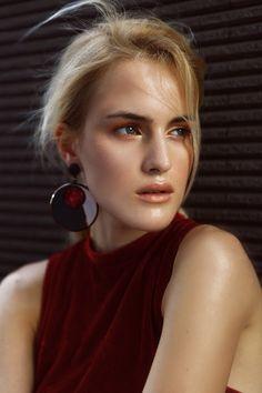 Hoop Earrings, Model, Blog, Fashion, Moda, Fashion Styles, Scale Model, Fasion