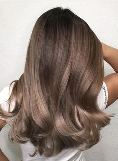 49 Beautiful Light Brown Hair Color To Try For A New Look Gorgeous Balayage Hair Color Ideas - brown Balayage Highlights,Beachy balayage hair color Ash Brown Hair Color, Brown Hair Shades, Brown Blonde Hair, Ombre Brown, Dark Hair, Light Brown Hair Colors, Trendy Hair Colors, Cool Tone Brown Hair, Light Ash Brown Hair