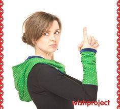 Armstulpen - ❤Kapu und Stulpen grün gepunktet❤ - ein Designerstück von wishproject bei DaWanda