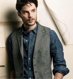 The Giles Vest from Fossil.
