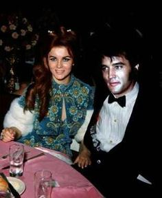 not a real picture.  haha and poorly photoshopped to boot!  Ann-Margaret and Elvis