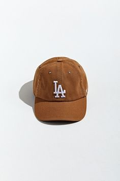 X Carhartt Los Angeles Dodgers Baseball Hat Dodgers Baseball, Baseball Hats, Modest Outfits, Cute Outfits, Essential Wardrobe Pieces, Dodger Hats, Winter Outfits, Summer Outfits, Los Angeles Dodgers