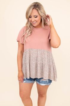 Spring Summer Fashion, Spring Outfits, Spring Clothes, Casual Outfits, Cute Outfits, Plus Size Fashion For Women, Mom Style, Plus Size Tops, Casual Chic