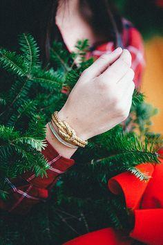 Warm and Cosy Tartan Christmas Tartan Christmas, Elegant Christmas, Green Christmas, Christmas Colors, Christmas Themes, Christmas Holidays, Country Christmas, Merry Christmas, Christmas Tumblr