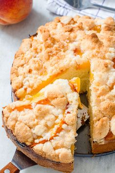 Peach crumb cake — Loaded with juicy peaches and topped a crunchy streusel crumb topping. : Peach crumb cake — Loaded with juicy peaches and topped a crunchy streusel crumb topping. Peach Cake Recipes, Pound Cake Recipes, Sweet Recipes, Dessert Recipes, Crunchy Top Pound Cake Recipe, Mango Recipes, Drink Recipes, Peach Crumble, Crumble Topping