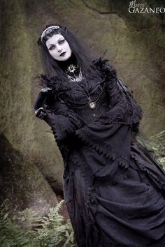 Character Design Inspiration • gothicandamazing:   Model:Morticia-Eve  © Fred...