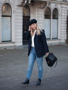 My best sale find this season   Style by Jules. White ruffle blouse+ cropped jeans+black ankle boots+navy blazer+black beret+black handbag. Winter Smart Casual Outfit 2017