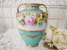 オールドノリタケ・ベース - イギリスとフランスのアンティーク | バラと天使のアンティーク | Eglantyne(エグランティーヌ)Artistry in Porcelain--How beautiful!