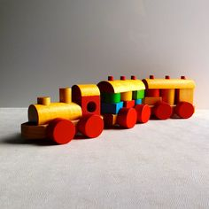 Vintage Childrens Toy Wooden Train Set By Discovery Toys - Stacks 'n Tracks 1988…