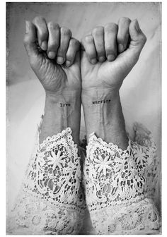 Alt werden und Tattoos