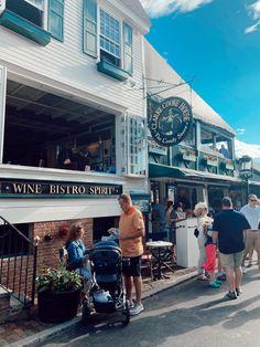 Midtown Oyster Bar, Wine Bistro, University Of Rhode Island, Island Outfit, Newport Rhode Island, Road Trip Destinations, Travel Humor, Weekend Getaways, What I Wore