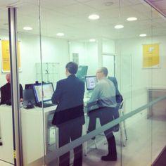 """@GroupeLaPoste : """"nos conseillers impression 3D vous attendent dans nos 3 bureaux de poste ;-) pic.twitter.com/CKhBDTY4A... """" #3DPrinting"""