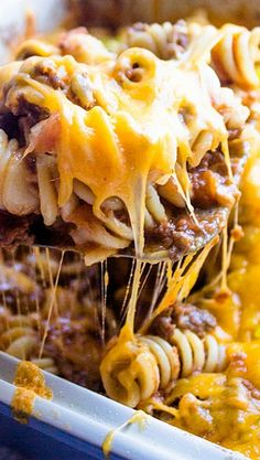 Cheeseburger Casserole Recipe ~ Amazing... It's like a big juicy cheeseburger right in a bowl.