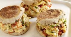 Mexican Scrambled Egg Sandwiches SmartPoints 5 | healthy weight watchers recipes