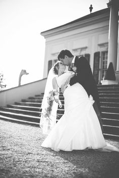 #kiss #weddingphotography #wedding #weddingcoverage #Hochzeitsfotografie #love Beautiful Moments, Professional Photographer, Kiss, In This Moment, Wedding Dresses, Fashion, Wedding Photography, Wedding Ideas, Bridal Dresses