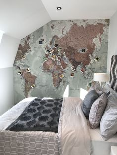 Bedroom goals wall mural world map Bedroom goals wall mural world. World Map Bedroom, World Map Mural, World Map Decor, World Map Painting, Travel Bedroom, World Map On Wall, World Maps, Bedroom Murals, Room Ideas Bedroom