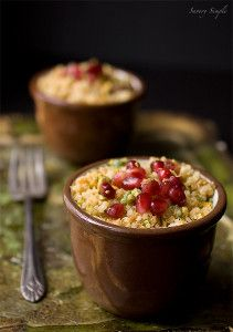 Curried Pomegranate Pistachio Quinoa is a great, light lunch option that will leave you feeling full.
