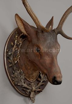 Beautifully handcarved Deer Head from the Blackforest region of Germany. Photo via web....