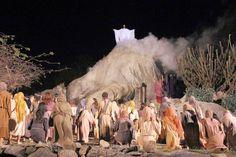♥ Turistas vão contracenar com Atores Globais na Paixão de Cristo de Nova Jerusalém ♥ PE ♥  http://paulabarrozo.blogspot.com.br/2015/03/turistas-vao-contracenar-com-atores.html