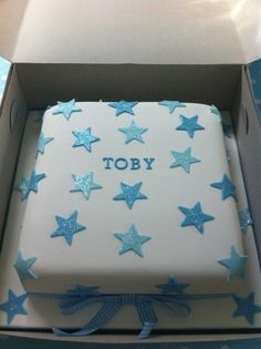 *** Cake - Simple Stars & gingham ribbon