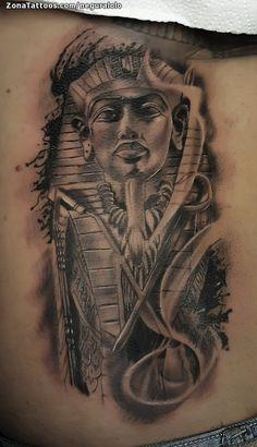 Tatuaje hecho por Lolo Plazuelo de Córdoba (España). Si quieres ponerte en contacto con él para un tatuaje/diseño o ver más trabajos suyos visita su perfil: https://www.zonatattoos.com/neguralolo Si quieres ver más tatuajes egipcios visita este otro enlace: https://www.zonatattoos.com/tag/120/tatuajes-egipcios Más sobre la foto: https://www.zonatattoos.com/tatuaje.php?tatuaje=111350
