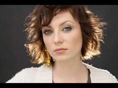Rúzsa Magdi- Gabriel - YouTube Pop Rock Music, Baby One More Time, Pop Rocks, Watch V, Britney Spears, Gabriel, Music Videos, Youtube, Beautiful