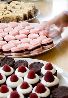 chocolate raspberry macarons recipe | use real butter