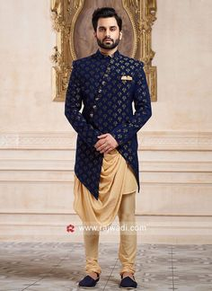 Indo western for men, wedding indowestern sherwani shopping, latest Sherwani For Men Wedding, Wedding Dresses Men Indian, Mens Sherwani, Wedding Dress Men, Sherwani Groom, Pakistani Dresses, Mens Indian Wear, Mens Ethnic Wear, Indian Men Fashion