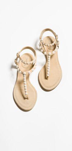 Sandálias, couro de cordeiro-bege - CHANEL