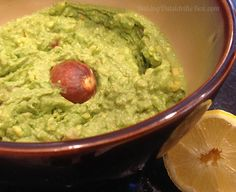 5 from 1 reviews Game Day Guac (Easy Guacamole)  Print Prep time 7 mins Total time 7 mins  Easy to make and easy to gobble up. Serve it with chips and cut-up fresh veggies. Serves: about 2 cups guacamole (depending on avocado yield) Ingredients 3 avocados, peeled and pitted ½ lemon, juiced 2 …