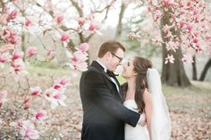 St. Louis spring wedding inspiration : L Photographie || Ceremony: Central Presbyterian Church || Reception: Missouri Athletic Club || On location photos: Forest Park